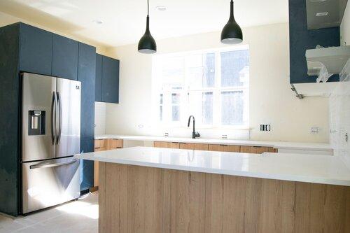 3725 #1 Other Kitchen Angle.jpeg
